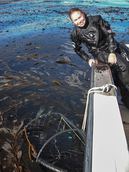 Colleen-Young-Monterey-Bay_Featured-Scientist